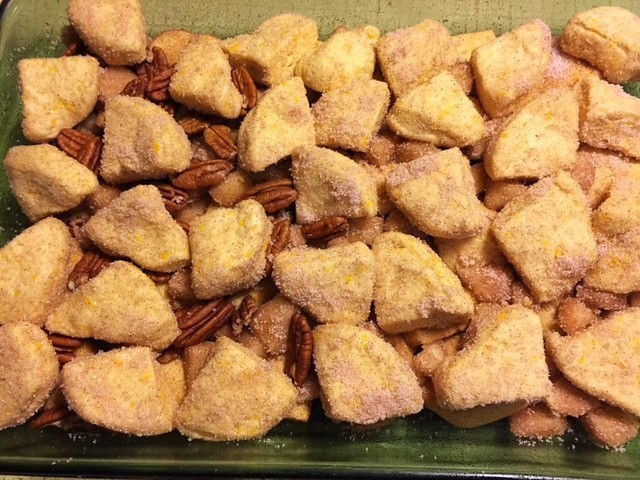 Gooey Monkey Bread Pecans