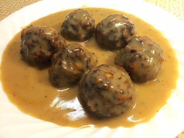 Xtra Cheddar Cracker Meatballs
